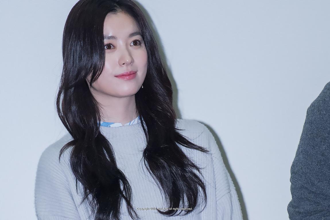 한효주&강동원, 골든슬럼버 (Golden Slumber,..