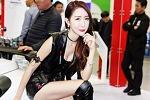 [서울 모터쇼-킴코바이크] 레이싱모델 신소향, '저와 함께 리와코 바이크 체험하세요'