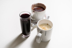 베일리스 핫초코, 뱅쇼, 에그 노그까지 술을 활용한 이색 겨울 음료 BEST 3