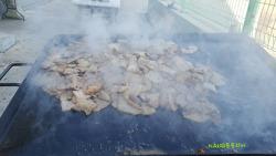 [사진이야기] 삼겹살 파티 그리고 숯불에 익혀 먹는 군감자와 군고구마