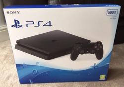 PS4 슬림 버전 출시.