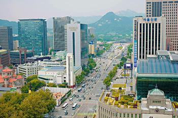 [쉬어가는페이지] 서울 더 플라자호텔 22층에서 본 세종대로 광화문 청와대 풍경