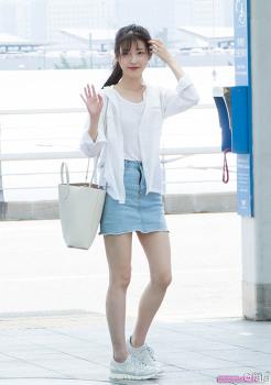 160722 인천공항 출국 아이유 직찍 by 글라라