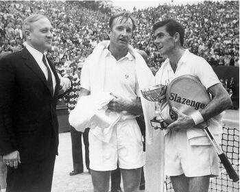 1968년 세계테니스 사상 첫 프로선수에게 문호를 개방한 프랑스오픈 테니스선수권대회
