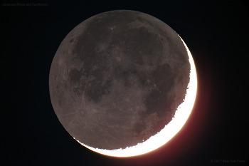 Crescent Moon and Earthshine 초승달과 지구조
