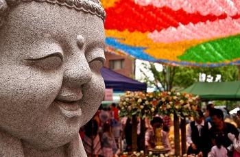 부처님 오신날의 유래와 풍속 이야기