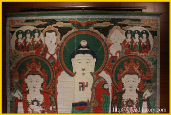 국립중앙박물관 : 옥천사 괘불, 금동반가사유상 (국보 제 78호)