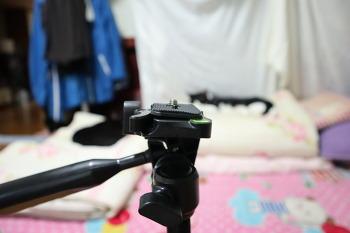 [카메라 악세사리] 사은품으로 받은 저가 삼각대 : AA-550ST