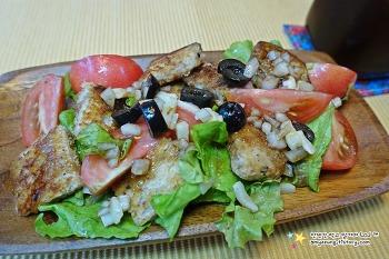 상큼하고 가벼운 아침식사~'식빵(크루통)샐러드 만들기'