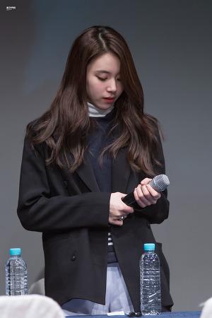 [161030] 'TT' 신촌 팬싸인회 - 채영이 2nd