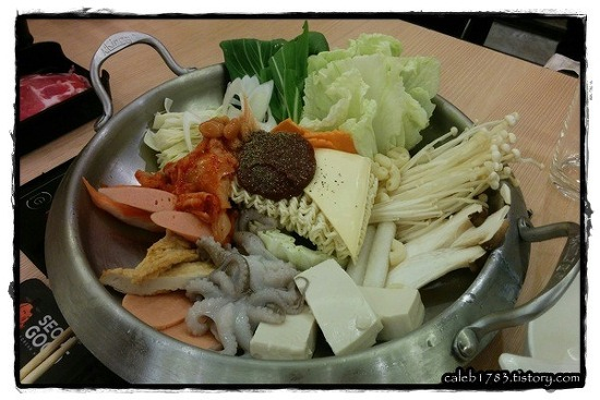 서울 굿 - 방콕 부대찌개 맛집 (Seoul Good Hot Pot Restaurant, Bangkok)