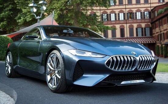 새로운 모습으로 다시 등장한 BMW 8시리즈