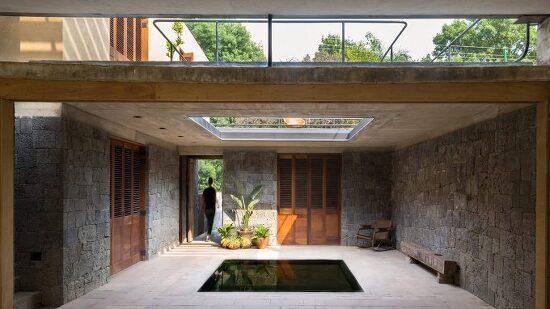 *현지 원석을 활용하여 자연과 통합한 단독주택 건설-[Albino Ortega House in Mexico]