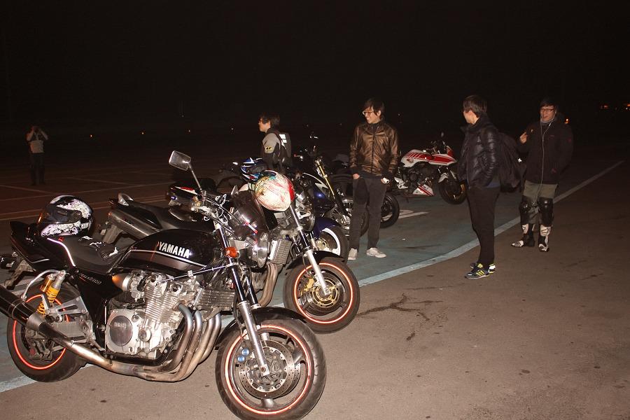 바이크로 달리자 - 야간 유명산 투어 : 160F6D3D4F6690911B53AE