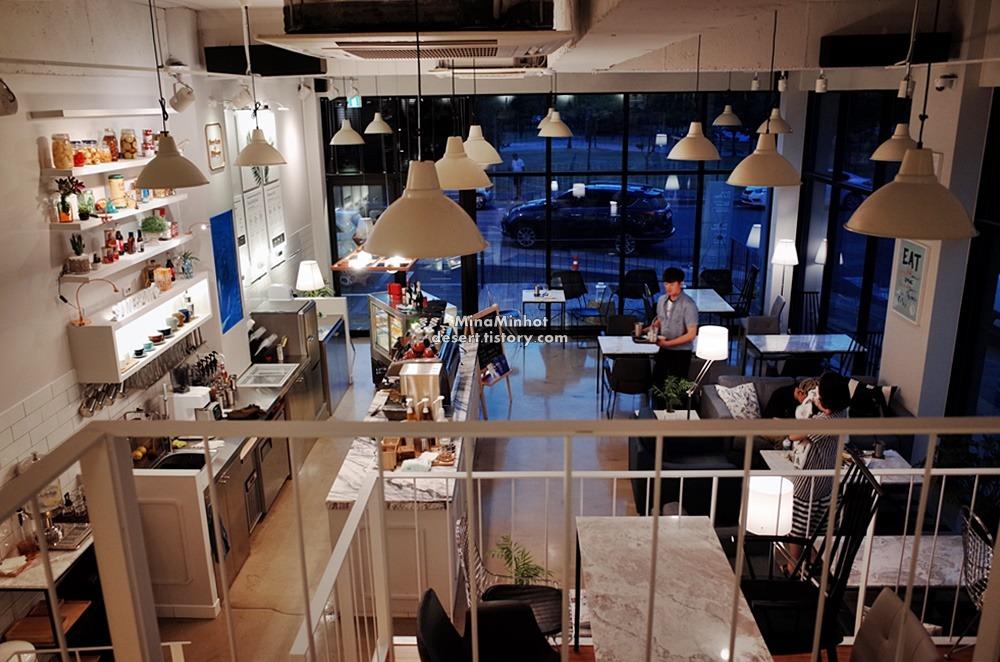 천안 신방통정지구 카페 쌤쌤벗디퍼런트 (천안 신방동 카페, 천안카페 쎄임쎄임벗디퍼런트, cafe same same but different in Cheonan)
