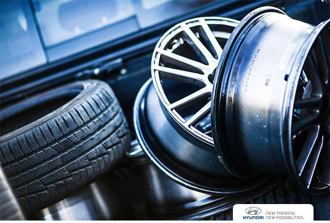 자동차 타이어와 휠