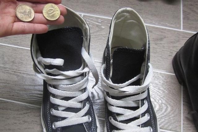 신발냄새없애는방법 동전활용법