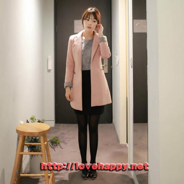 여성패션 코트 카라 뒷면과 소매배색이 돋보이는 004