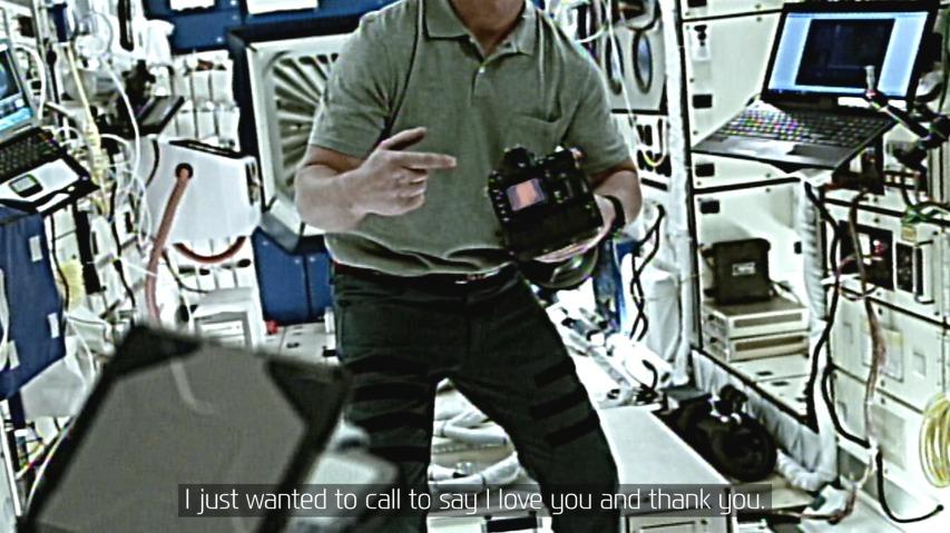 국제우주정거장(ISS)에 있는 우주비행사 아빠에게 보내는 딸 스테파니의 메세지 - 현대자동차(Hyundai Motor Company)의 바이럴필름 'A Message to Space'편.
