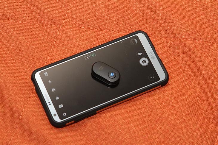 샤오미, 셀카봉 ,블루투스 리모컨,쉽고 간단하게 사진찍자,IT,IT 제품리뷰,요즘은 스마트폰도 셀카 찍기 편합니다. 근데 이것을 쓰면 더 편하죠. 샤오미 셀카봉 블루투스 리모컨으로 쉽고 간단하게 사진찍는 방법을 소개 합니다. 요즘은 손으로 모션 촬영도 가능한데요. 근데 버튼 누르면 찍는게 더 편합니다. 샤오미 셀카봉은 블루투스 리모컨이 있어서 쉽고 간단하게 사진 촬영이 가능 합니다. 블루투스 방식이니 원거리에서 촬영도 가능해서 단체 사진 찍을 때도 편합니다