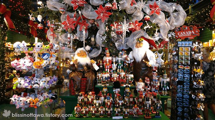 크리스마스 장식품 판매 전문점