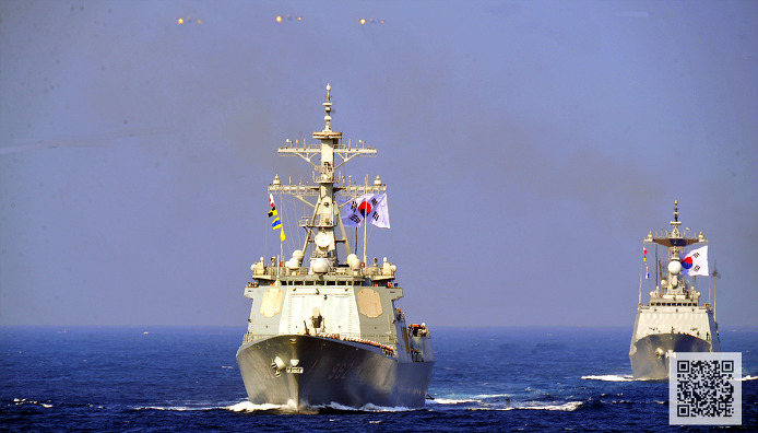 해상 기동 사열중인 해군 함정과 P-3 해상 초계기 ⓒMediaPaPaer.KR 오세진 사진기자