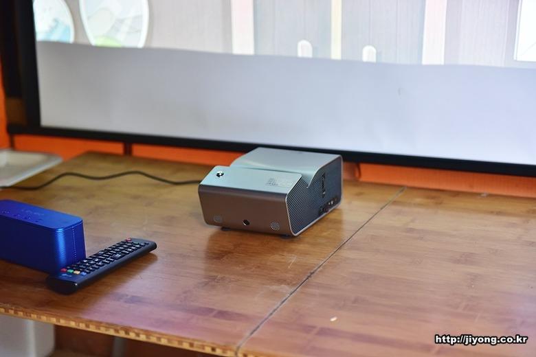 LG PH450U,미니빔tv,원룸 빔프로젝터,빔프로젝터TV,ph550,미니빔프로젝터,ph450,pw1500,450u,lg 미니빔,pf1500,단초점 프로젝터,미니 프로젝터,LG PF1000U,LG 미니빔TV PH450U ,미니빔