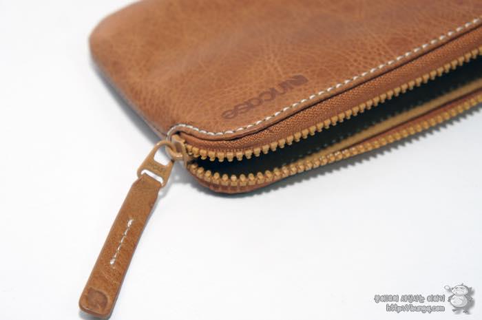 아이폰6, 플러스, 인케이스, incase, 레더집월렛, leather, zip, wallet, 구성, 재질