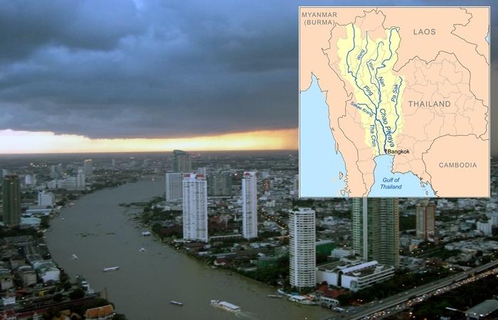 사진: 태국의 방콕을 흐르는 짜오프라야강의 현재 모습과 지도상의 모습. 태국 남부의 곡창지대에까지 연결되어서 교통의 중심으로 사용되었었다. [수난타 왕비의 어이없는 익사사건]