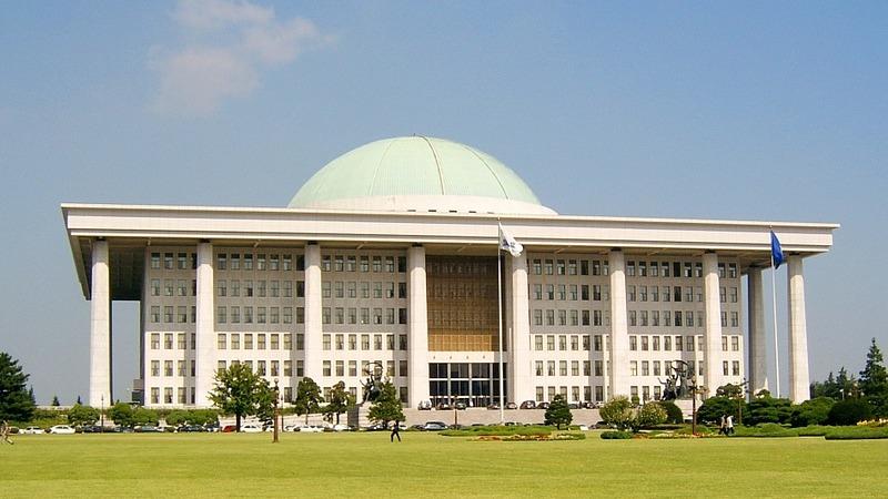 사진: 의원내각제는 국가 원수가 왕이나 대통령이지만 권력의 핵심을 의회가 가지는 것을 말한다.