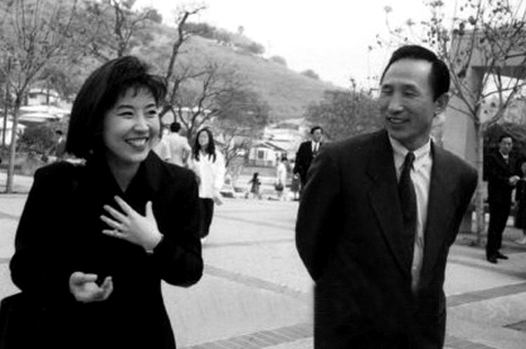 이명박 · BBK 사건 · 김경준 - 한 페이지로 읽는 이명박과 BBK사건의 실체